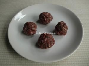Raciones - Carnes y derivados - Carne roja - Albóndigas